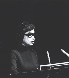Princess Ashraf Aaddresses the UN General Assembly 1971)